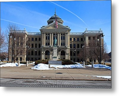 Metal Print featuring the photograph Lucas County Courthouse I by Michiale Schneider