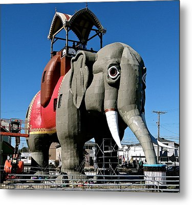 Lucy The Elephant Metal Print