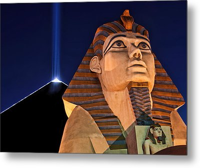 Metal Print featuring the photograph Luxor by Tammy Espino
