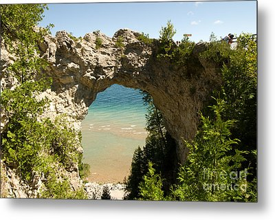 Mackinac Island Arch Metal Print by Larry Carr