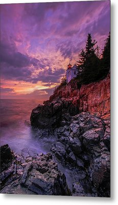 Metal Print featuring the photograph Maine Bass Harbor Lighthouse by Juergen Roth
