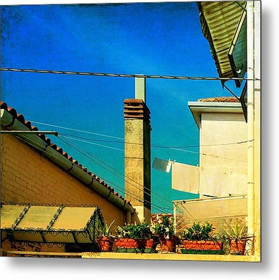 Metal Print featuring the photograph Malamoccoskyline No1 by Anne Kotan