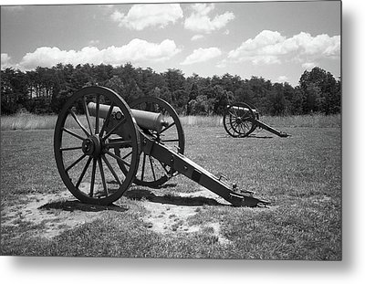 Metal Print featuring the photograph Manassas Battlefield 2 Bw by Frank Romeo