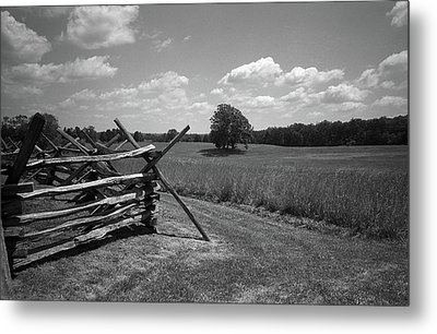 Metal Print featuring the photograph Manassas Battlefield Bw by Frank Romeo