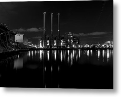 Metal Print featuring the photograph Manchester Street Power Station by Andrew Pacheco