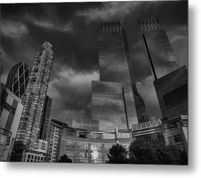 Manhattan - Columbus Circle 001 Bw Metal Print by Lance Vaughn