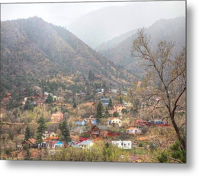 Manitou To The South Iv Metal Print by Lanita Williams