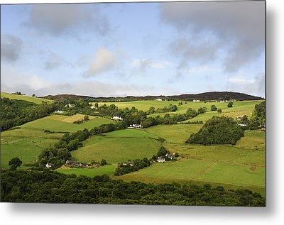 Metal Print featuring the photograph Manors On A Hillside by Christi Kraft