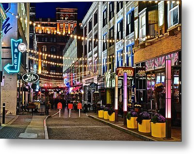 Mardi Gras In Cleveland Metal Print by Frozen in Time Fine Art Photography