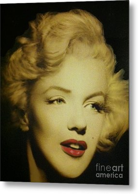 Metal Print featuring the photograph Marilyn by Elizabeth Coats