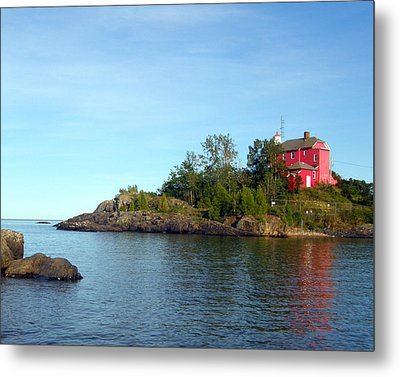Marquette Harbor Lighthouse Reflection Metal Print