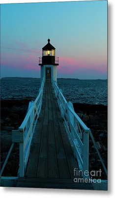 Marshall Point Lighthouse At Sunset Metal Print by Diane Diederich