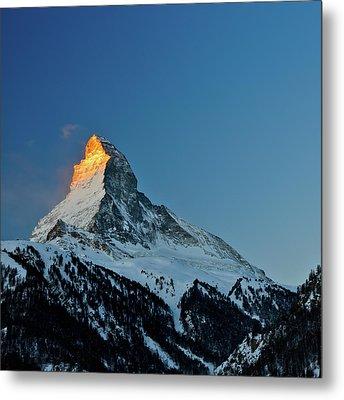 Matterhorn Switzerland Sunrise Metal Print by Maria Swärd