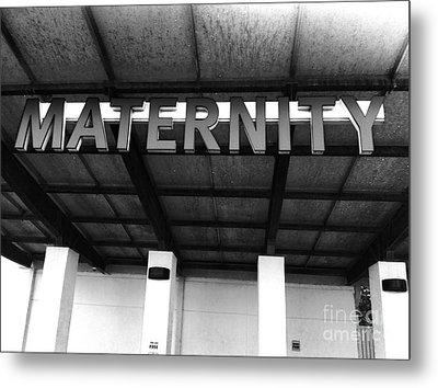 Maternity  Ward Metal Print by WaLdEmAr BoRrErO
