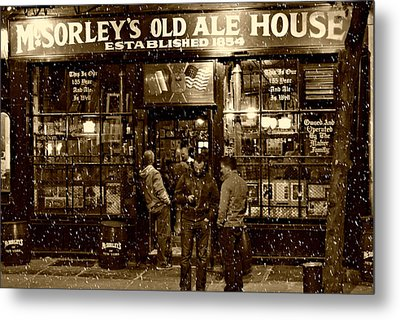 Mcsorley's Old Ale House Metal Print by Randy Aveille