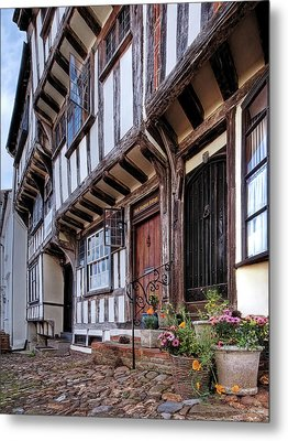 Medieval British Architecture - Dick Turpin's Cottage Thaxted Metal Print by Gill Billington