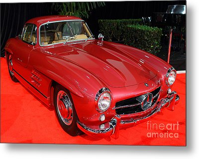 Mercedes 300sl . Red . 7d9172 Metal Print by Wingsdomain Art and Photography