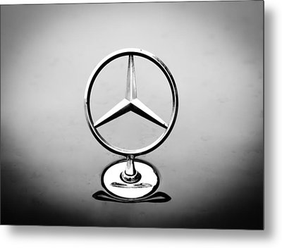 Mercedes Benz Logo Metal Print
