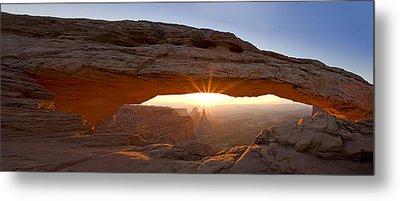 Mesa Arch Panorama Metal Print by Andrew Soundarajan