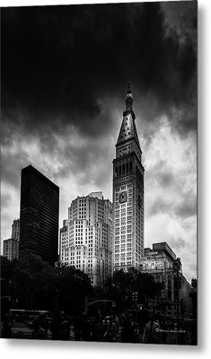 Metal Print featuring the photograph Met-life Tower by Marvin Spates