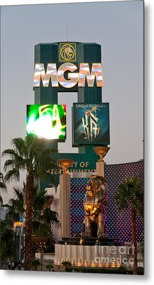 Metro The Mgm Lion Metal Print by Andy Smy