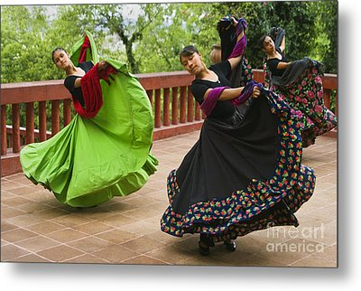Metal Print featuring the photograph Mexican Dancers - San Miguel De Allende by Craig Lovell