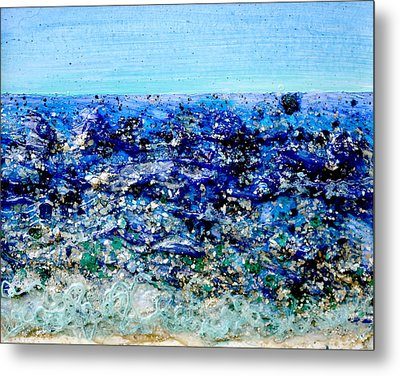 Mica Shoreline Metal Print by Regina Valluzzi