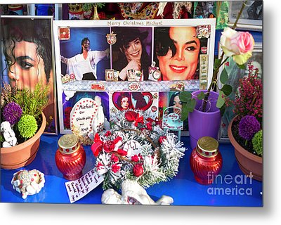 Michael Jackson Shrine Metal Print by John Rizzuto