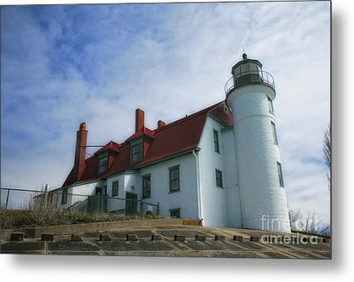 Metal Print featuring the photograph Michigan Lighthouse by Gina Cormier