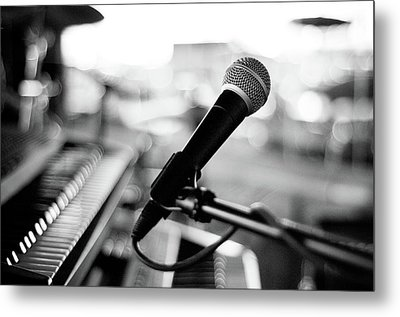 Microphone On Empty Stage Metal Print by Image By Randymsantaana