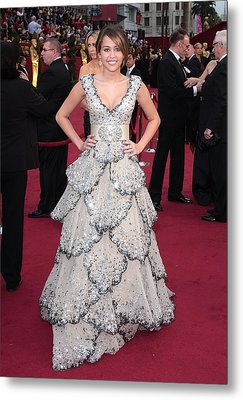 Miley Cyrus Wearing A Zuhair Murad Gown Metal Print by Everett