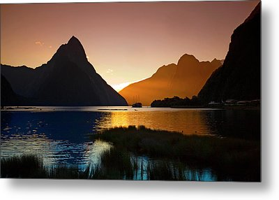 Milford And Mitre Peak At Sunset Metal Print