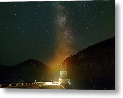 Milky Way Over Detroit Dam Metal Print