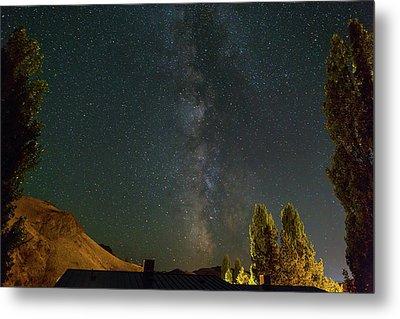 Milky Way Over Farmland In Central Oregon Metal Print