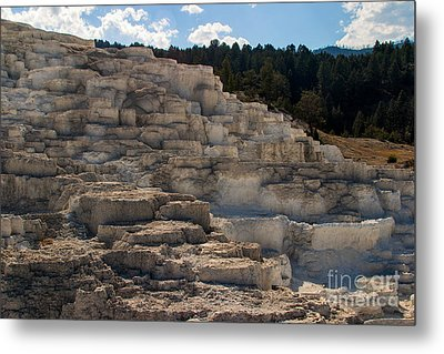 Metal Print featuring the photograph Minerva Terrace by Charles Kozierok