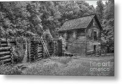 Metal Print featuring the photograph Mingus Mill Black And White Mingus Creek Great Smoky Mountains Art by Reid Callaway
