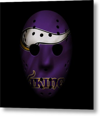 Minnesota Vikings War Mask Metal Print