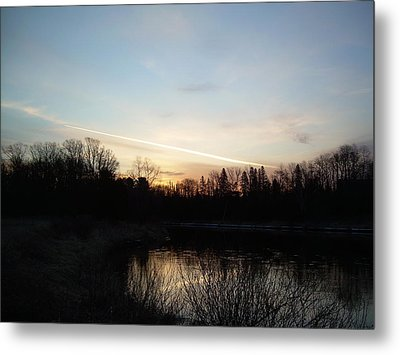 Metal Print featuring the photograph Mississippi River Colorful Dawn Clouds by Kent Lorentzen