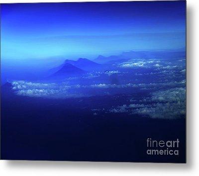 Misty Mountains Of El Salvador Metal Print
