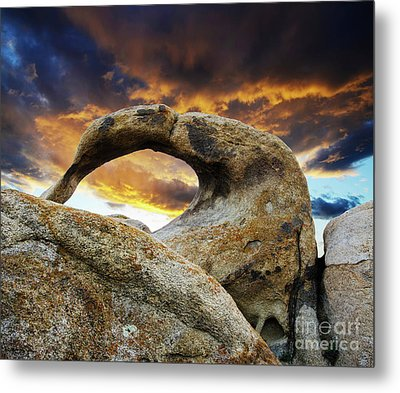 Metal Print featuring the photograph Mobious Arch California 7 by Bob Christopher