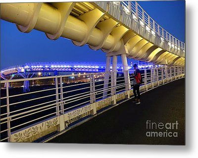 Metal Print featuring the photograph Modern Bicycle Overpass By Night by Yali Shi