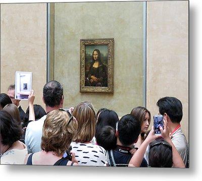 Mona Lisa Mania Paris France Louvre Gallery Metal Print by Richard Singleton