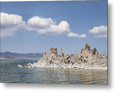 Mono Lake Tufa Towers Metal Print