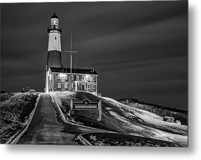 Metal Print featuring the photograph Montauk Point Lighthouse Bw by Susan Candelario