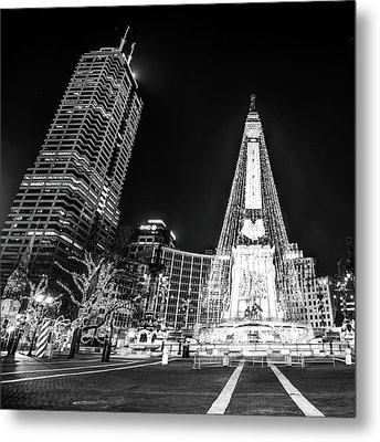 Metal Print featuring the photograph Monument Circle At Christmas - Black And White by Gregory Ballos
