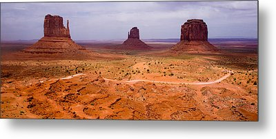 Monument Valley Metal Print by Peter Verdnik