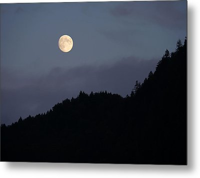 Metal Print featuring the photograph Moon Over Hill by Menega Sabidussi