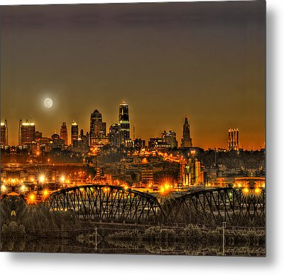 Moon Over Kansas City Mo Metal Print by Don Wolf