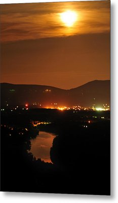 Metal Print featuring the photograph Moon Over Shenandoah by Lara Ellis