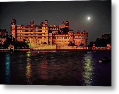 Moon Over Udaipur Metal Print by Steve Harrington